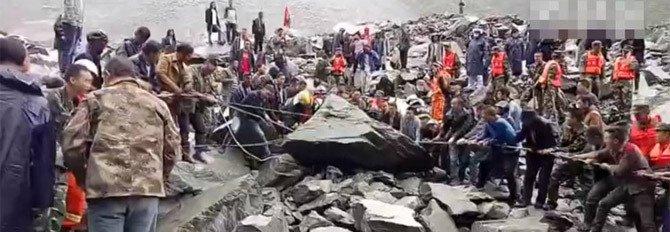 四川茂县山体滑坡确认141人失联:46户农房被掩埋 1.6公里道路垮塌