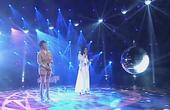 宁静卢靖姗携手演唱歌曲《一路上有你》