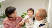 爷爷奶奶带孩子有危害,三岁小孩妈妈教你,如何将危害降到最小