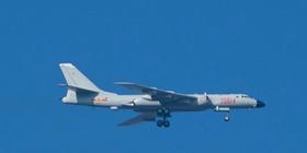 中国远海训派出轰6轰炸机 威胁美军
