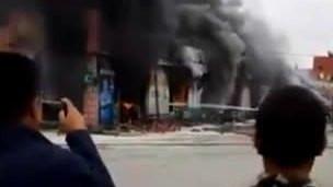 【突发】北京昌平水屯市场着火 现场浓烟滚滚