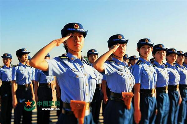 26名空军第十批女飞行学员完成初教机训练