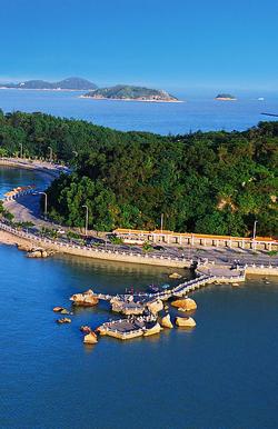 珠海十景:圆明新园,东澳岛(丽岛银滩),共乐园(鹅岭共乐),珠海渔女