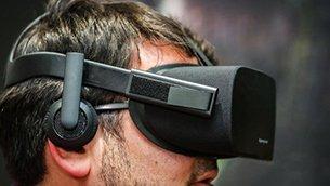 虚拟现实头显哪家强? 多角度对比Rift和Vive.jpg