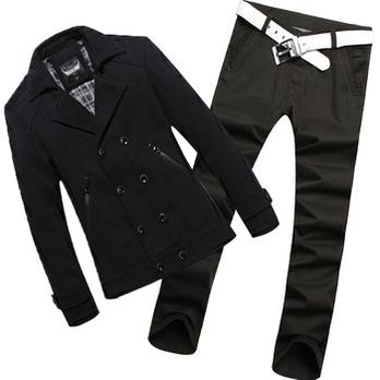 男士呢子大衣搭配什么裤子图片 男士黑色呢大衣蓝色牛仔裤
