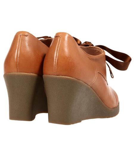 belle百丽棕色油蜡羊皮时尚女皮鞋