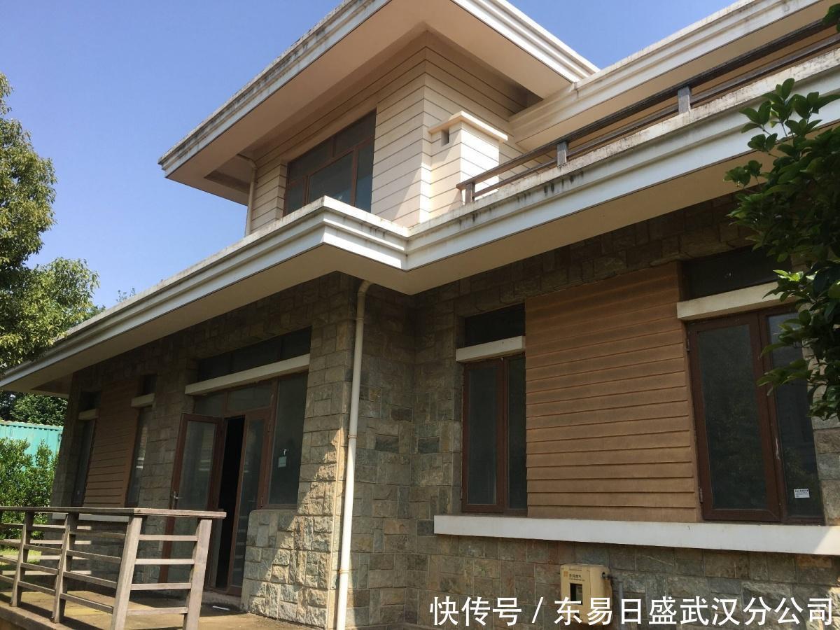 武汉F别墅350独栋别墅装修,带你见证现代简上河商务天下图片