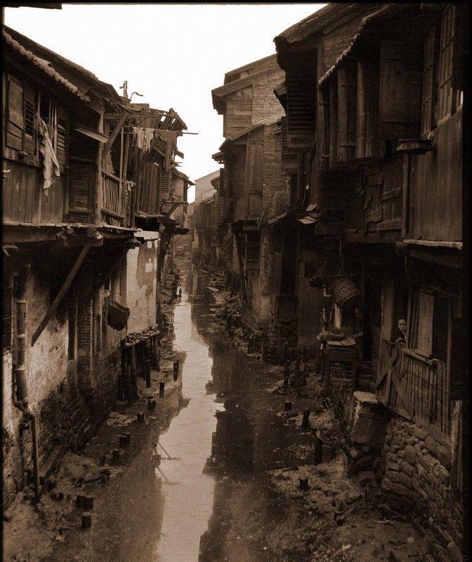 清朝老照片,真实反应了当时人们的市井生活,跟你想象的一样吗?