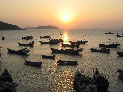 三联村的铜盘岛为风景区.全乡总面积8.30平方千米,人口0.
