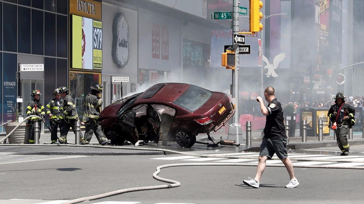 纽约汽车冲撞行人致1死22伤 暂无信息表明是恐袭