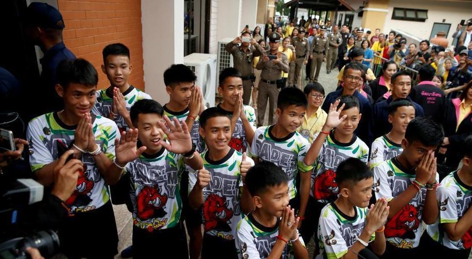 """泰国少年足球队出院 透露""""洞穴""""生活细节"""