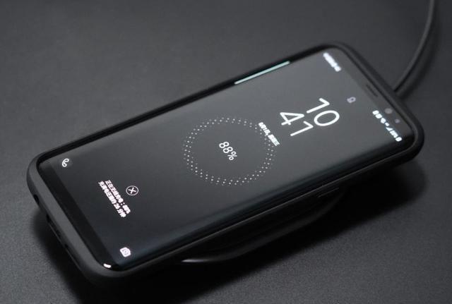 <b>华为终于超过小米,mate30或引入25W无线充电技术</b>