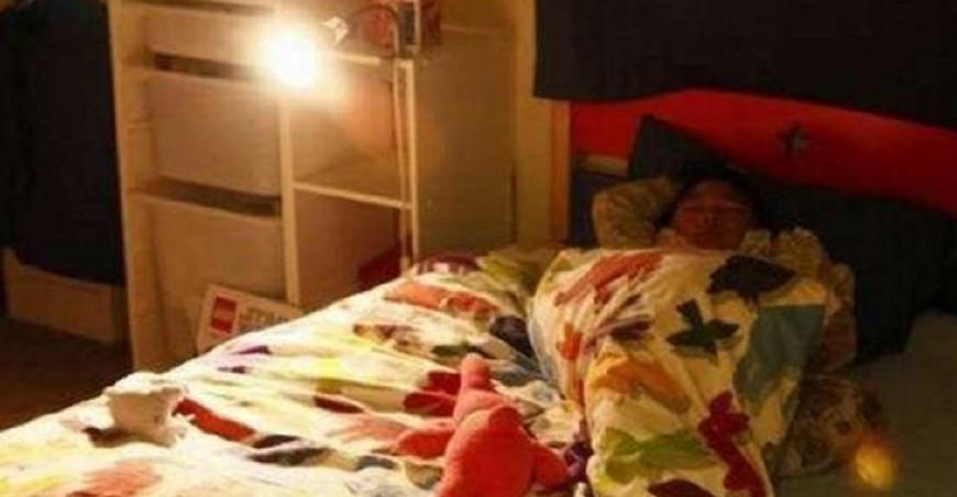 6岁女儿单独睡2米大床,却每天夜里喊太挤,妈妈查看监控后懵了