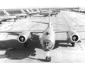 """从而开始接替陈旧的别-6和""""青-6""""型水上飞机"""