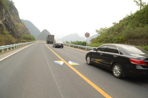 高速路上这5种线都不认识:赶快下高速 - 一统江山 - 一统江山的博客