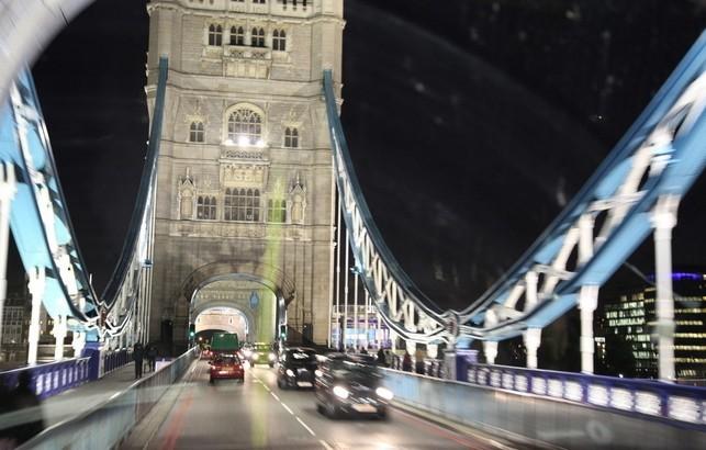 伦敦大桥_360百科