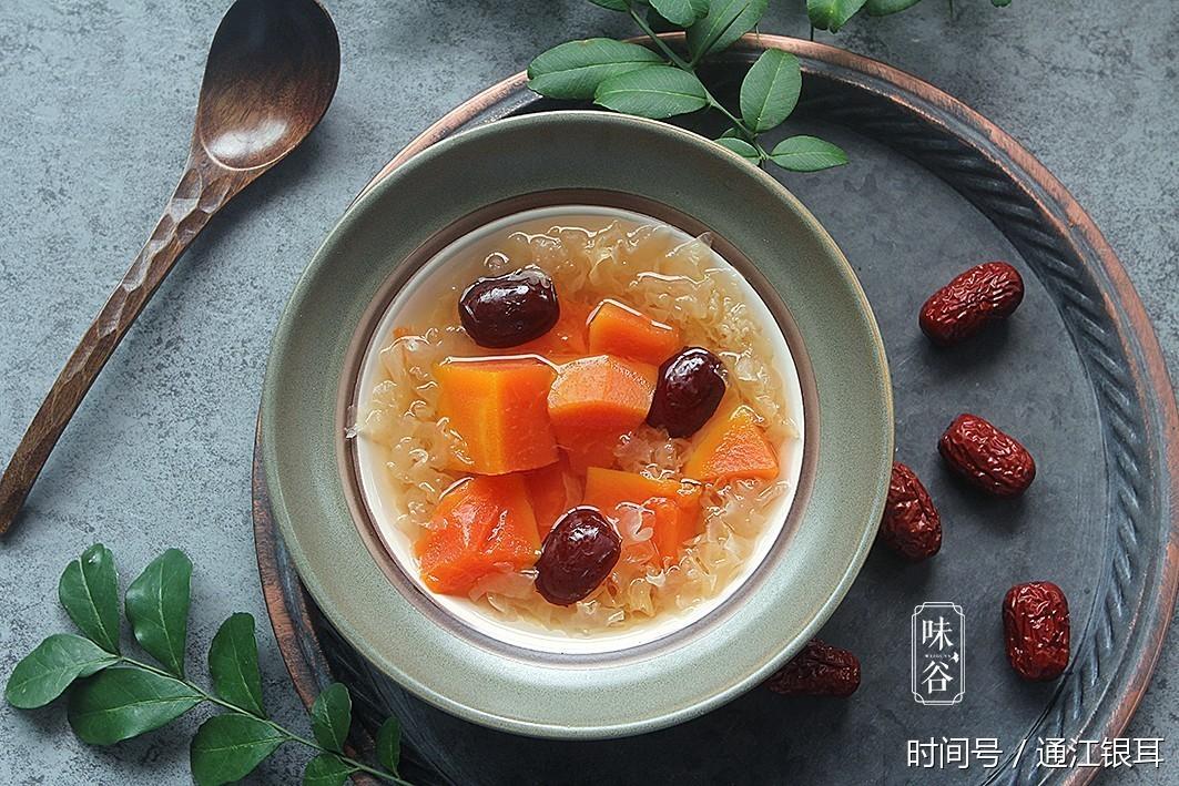 木瓜红枣银耳羹的做法,图文教程