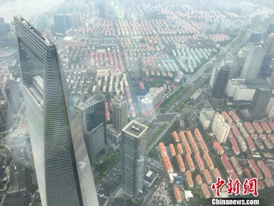 中国第一高楼546米上海之巅观光厅正式开放(图/文) - ljj_1951 - ljj_1951的博客