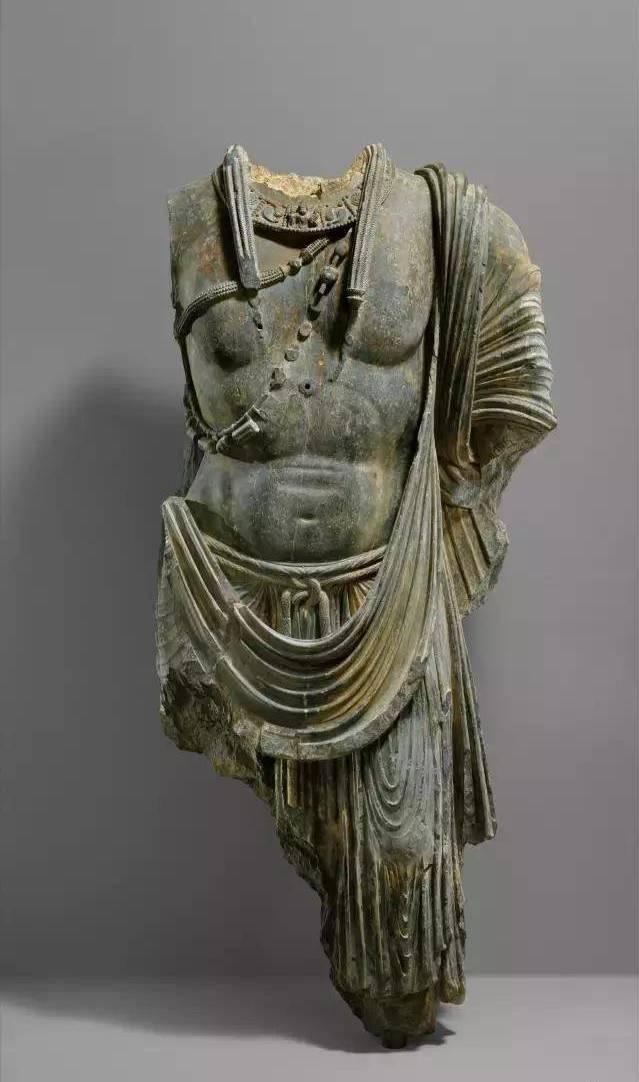 犍陀罗艺术形式与中国佛像雕塑演变