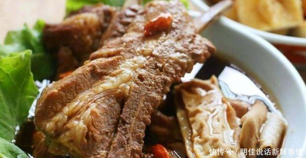 乌节路是美食藏身的地方,也是筷子聚居的荟萃美食外国配图图片