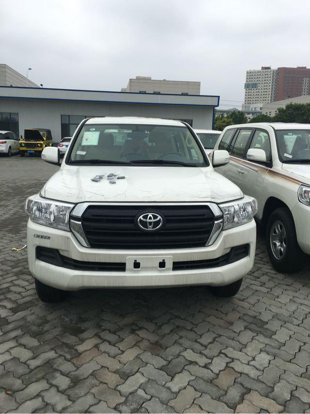 中东17款丰田酷路泽4000丐版行情配置陆巡4.0价格最低