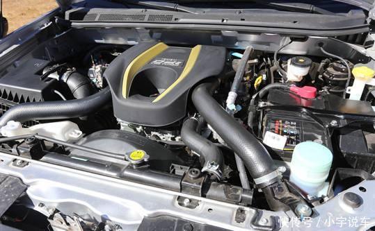 配置方面,江西五十铃d-max具有abs ebd,前排双安全气囊,自动恒温空调