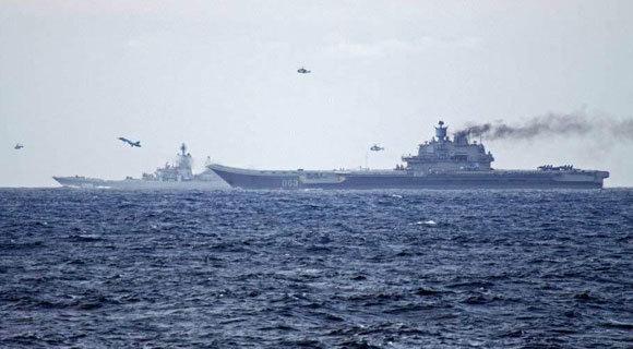 """俄航母战舰""""夹击""""英国近海 皇家海军出动"""