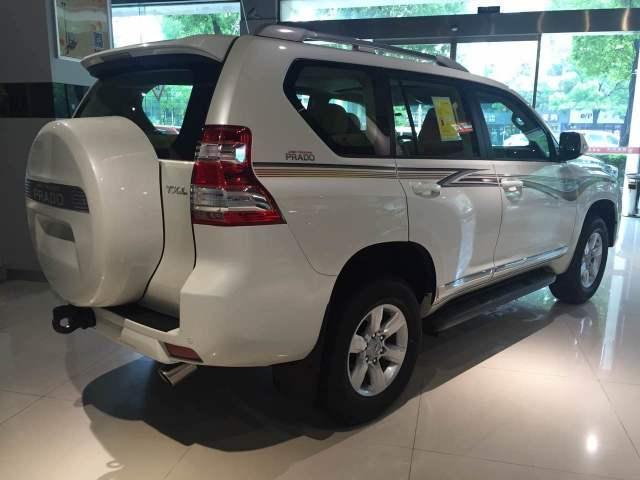 17款丰田霸道2700改装高配 17款普拉多2.7天津港报价