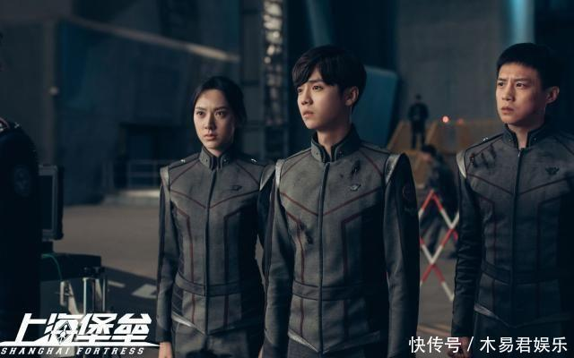 继《上海堡垒》之后,鹿晗被拒签,现在只能代言广告