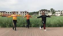 中江团结友爱广场舞《家在御江南》