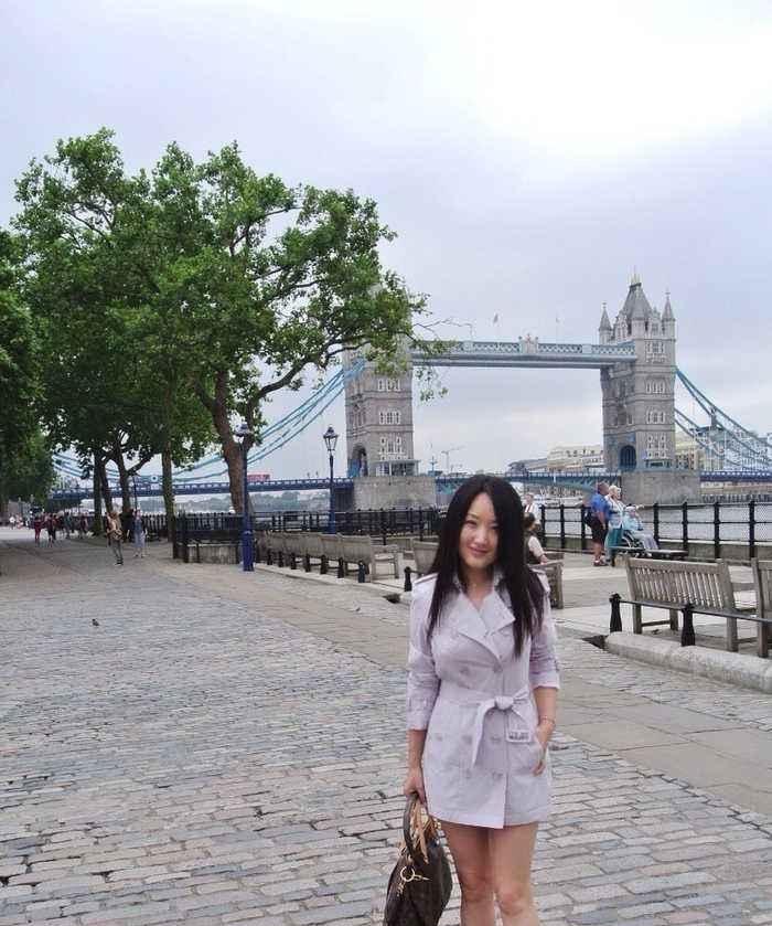 杨钰莹放开了穿!短裤几乎比上衣还要短,看到腿我瞬间闭嘴了!插图(3)