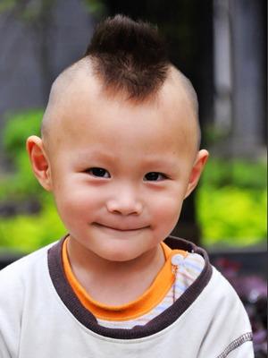 小男孩子的发型_小男孩子的发型分享展示