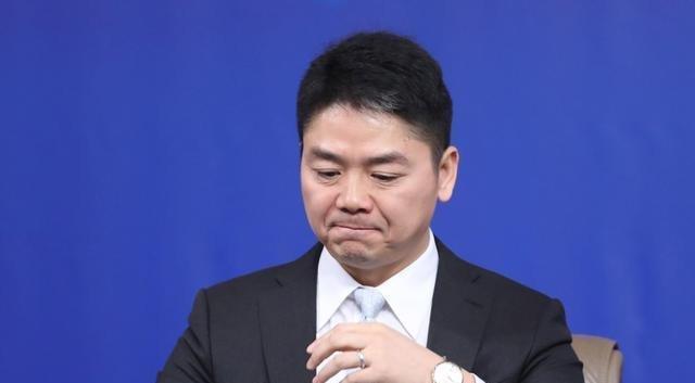 """穷途末路刘强东身藏一张千亿的""""王牌"""",压根不怕京东倒闭!"""