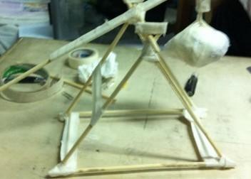 筷子 勺子 橡皮筋 投石器制作方法