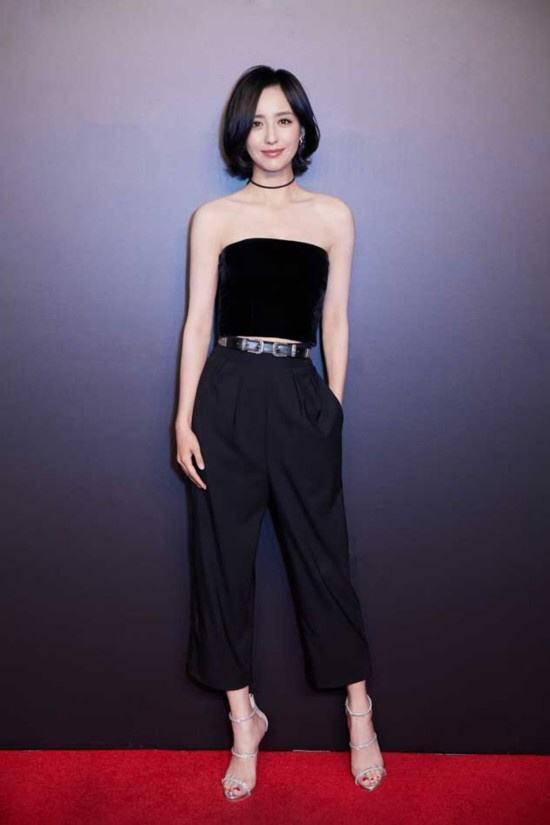 佟丽娅,赵丽颖,高圆圆,娜扎都在留短发,谁最美?