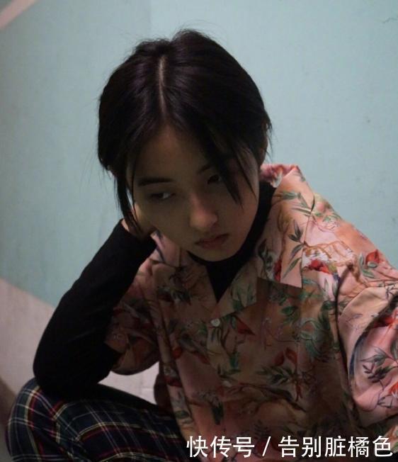 <b>18岁宝藏妹妹张子枫,简直是日系穿搭模板</b>
