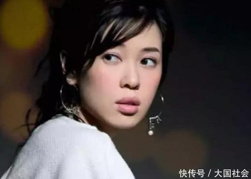 那些拥有高级嘴唇的女明星,辛芷蕾最普通,性感妹子网友v嘴唇图片图片