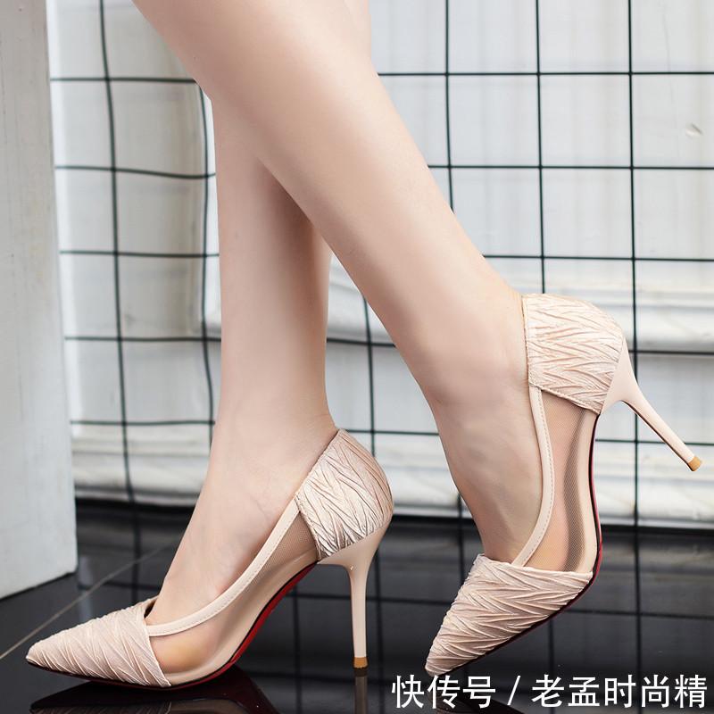 精美个性的高跟鞋, 这样的设计真没想到, 穿在脚上吸睛十足
