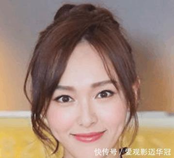 赵丽颖的丸子头可爱又率真,但撞上被称为发型纯丸子短发图片