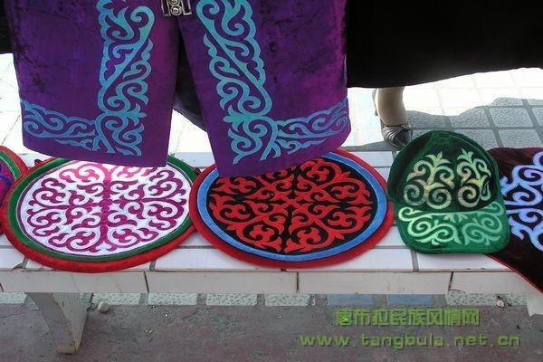 新疆刺绣手绘图案