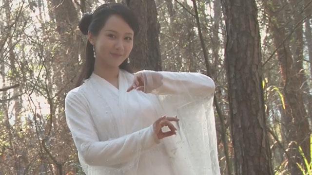 《每日文娱播报》20170430杨紫新戏演白蛇