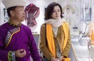 55岁关之琳一件外套美回22岁,但看到她的面容却难以承受