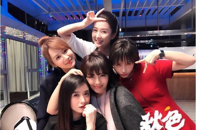 娱评人吴清功鉴榜:赵丽颖审美疲劳、刘涛排名低、唐嫣又混了一年