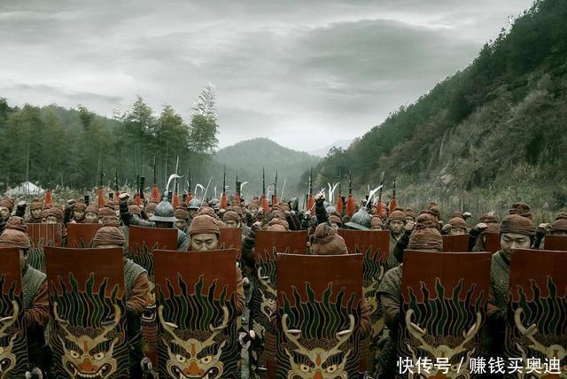 中国最可怕一支军队, 军装太耀眼, 日本人看到扭头就跑