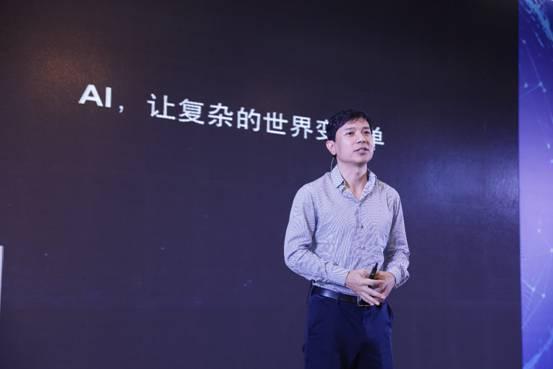 李彦宏首度回应坐无人车上五环:未来会更安全