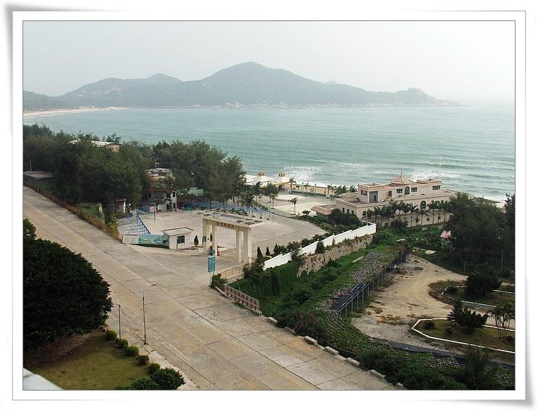 地理区位 编辑本段 青澳湾位于广东省 汕头市南澳岛东部,海湾似新月