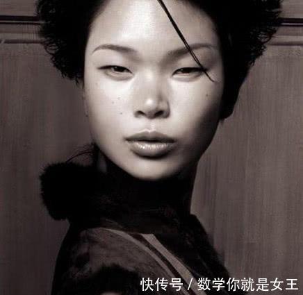 她是中国第一丑模,嫁给法国丈夫,生出的儿子颜值惊艳众人