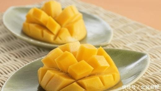 """减肥期间,建议少吃这4种高热量水果,吃1个""""它""""等于吃3碗米饭"""
