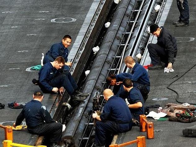 (文摘)养一艘航母有多烧钱?光是发工资一般国家就承担不起 - aihua191 -    aihua191的 博 客