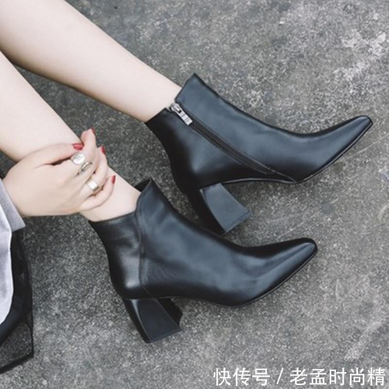 """女人靴子要过膝! 建议试试这""""长筒""""靴子, 时髦显腿长"""